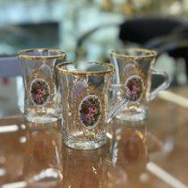 لیوان دسته دار شیپوری گلدار لب طلایی